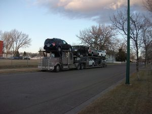 Read more about the article About Auto Transport and Its Benefits